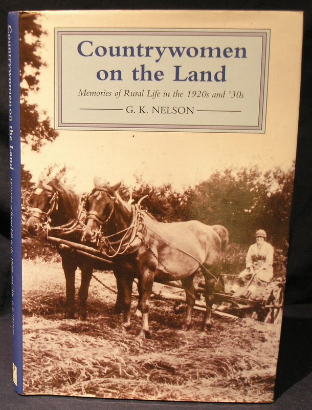 Image for Country Women on the Land; Memoirs of Rural Life in the 1920s and '30s.